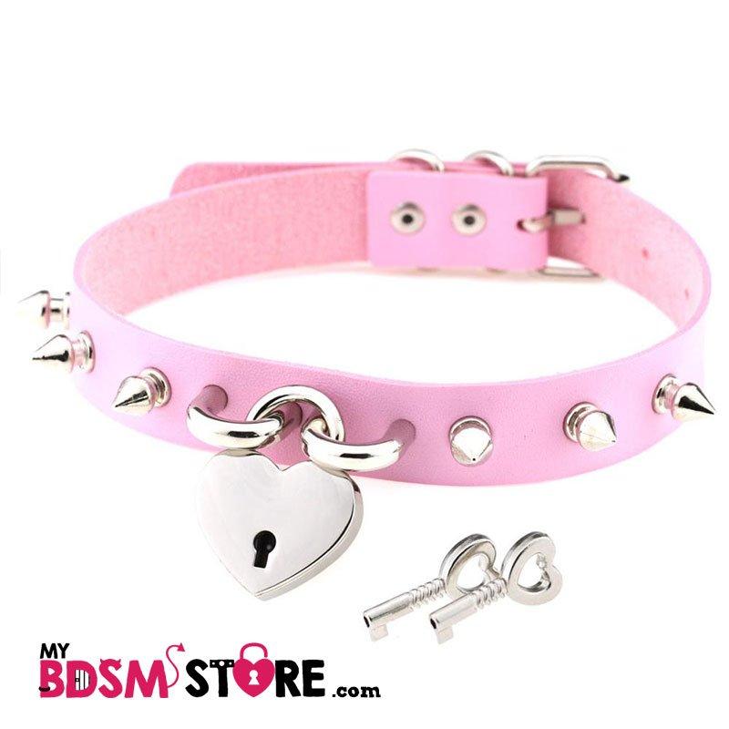 Collar de candado con corazon punk goth gotico bondage llave padlock rosa