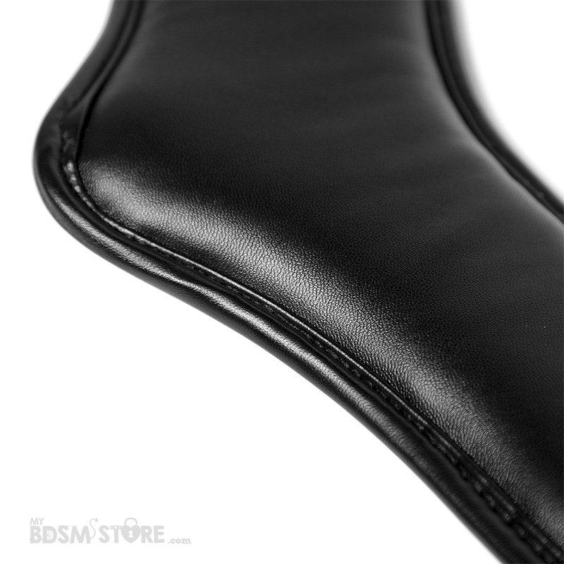 Collar de postura acolchado posture training entrenamiento BDSM corset cuero sintético detalle costuras